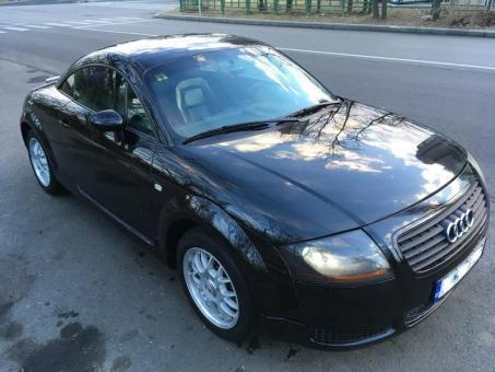 Audi TT 1.8t 180 cp cu xenon piele climatronic