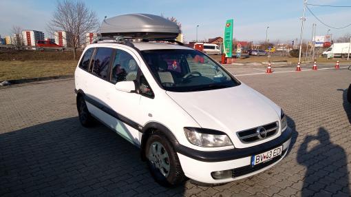 Vând Opel Zafira 2004.
