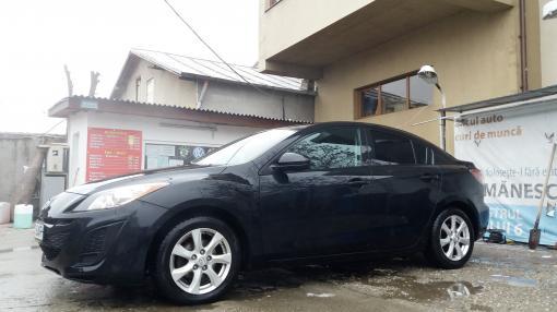 Vand Mazda 3 / 2011 / 2000 P/ design sporty si plin de personalitate